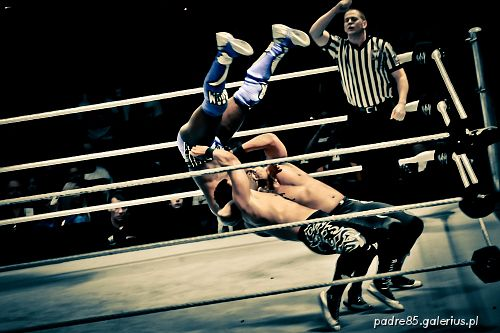 The Raw Wrestlemania Revenge Tour 2012, wrestling,SmackDown,akrobatyka,aktorstwo,,Ergo Arena,Gdańsk,Kofi Kingston,Primo,Epico